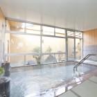 名物!全国的にも珍しいお座敷風呂が自慢です。柔らかい肌触りの畳を敷き詰めた洗い場は、滑りにくいのでお年寄りやお子様も安心してご利用いただけます。
