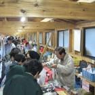 昼神温泉朝市 毎朝 4月〜10月:6:00〜8:00  11月〜3月:6:30〜8:00 新鮮山の幸や昼神名物が盛りだくさんです。