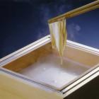 引き上げ湯葉 (1,300円税別)お席で、出来立ての湯葉をお楽しみください。