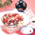 ばら寿司御膳(1,900円税別)宝石箱のような美しいちらし寿司はボリュームも満点です。