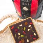 トロアコンチネンツ61% フルーティーな酸味のあるチョコレートです。