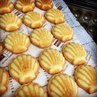 焼き菓子の定番、マドレーヌです。  清内路かぼちゃのマドレーヌ、栗のマドレーヌもあります。