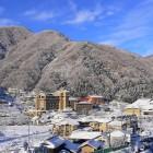 冬の昼神温泉郷 全景