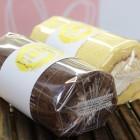 純生ロール 800円 しっとりふわふわとろけるクリーム ショコラロール 900円 米粉が入ったモチモチとした生地のロールです
