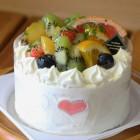 フルーツのアントルメ 1,600円4号サイズ フルーツたっぷりのケーキ